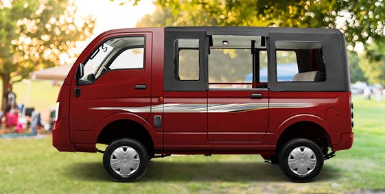Tata Magic Mantra Side View