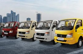 What are the colour options available in Tata Magic Express