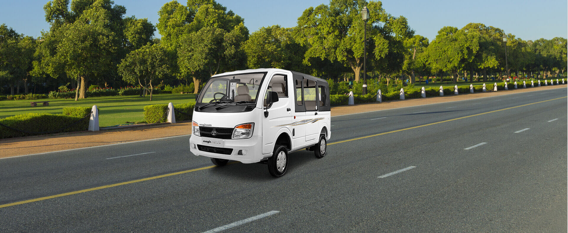 Tata Magic LH side view