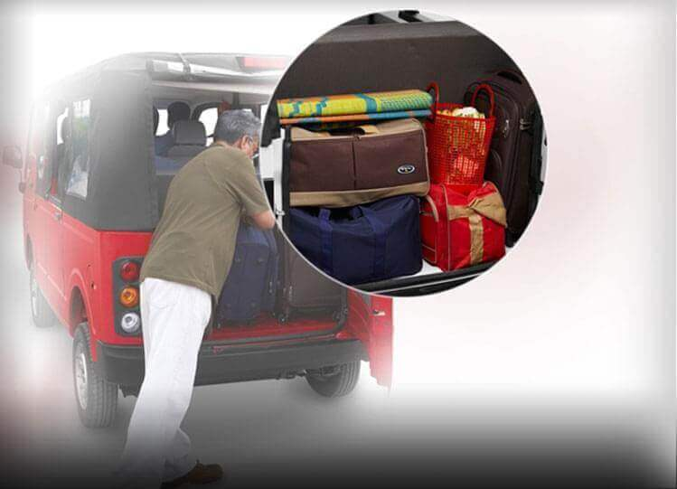 Tata Magic Mantra Luggage rear view