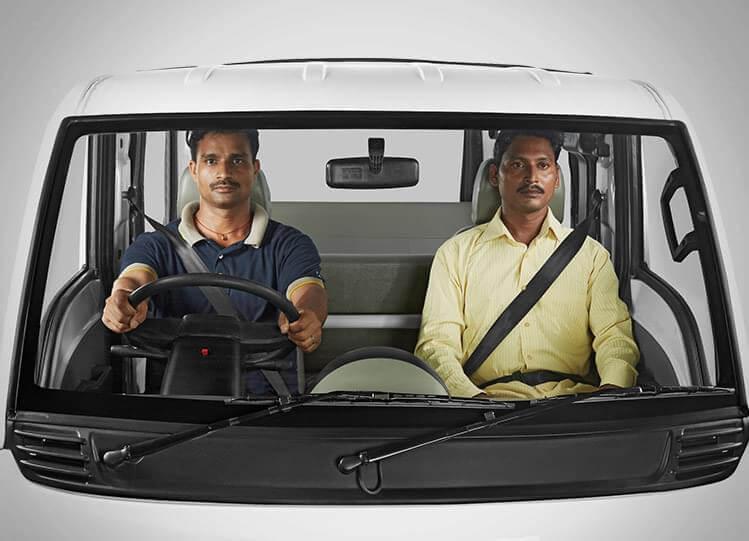 Tata Magic Seatbelts